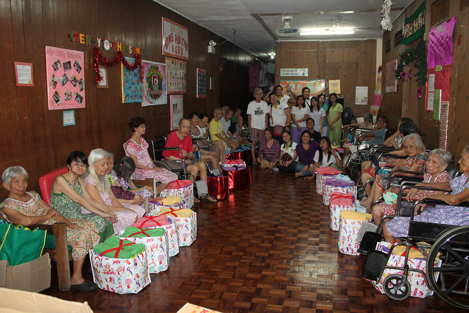 Home for the Aged Gift Giving